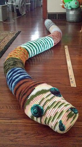 Crochet Rainbow Snake Free Crochet Pattern   Häkelanleitung, Kostenlos  häkeln, Amigurumi häkeln   500x281