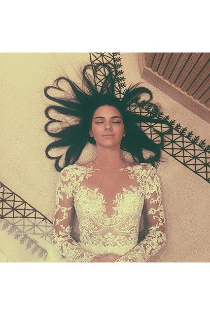The Top 10 Instagrams Of 2015 Kendall Jenner Kylie Jenner Taylor Swift (Vogue.co.uk)
