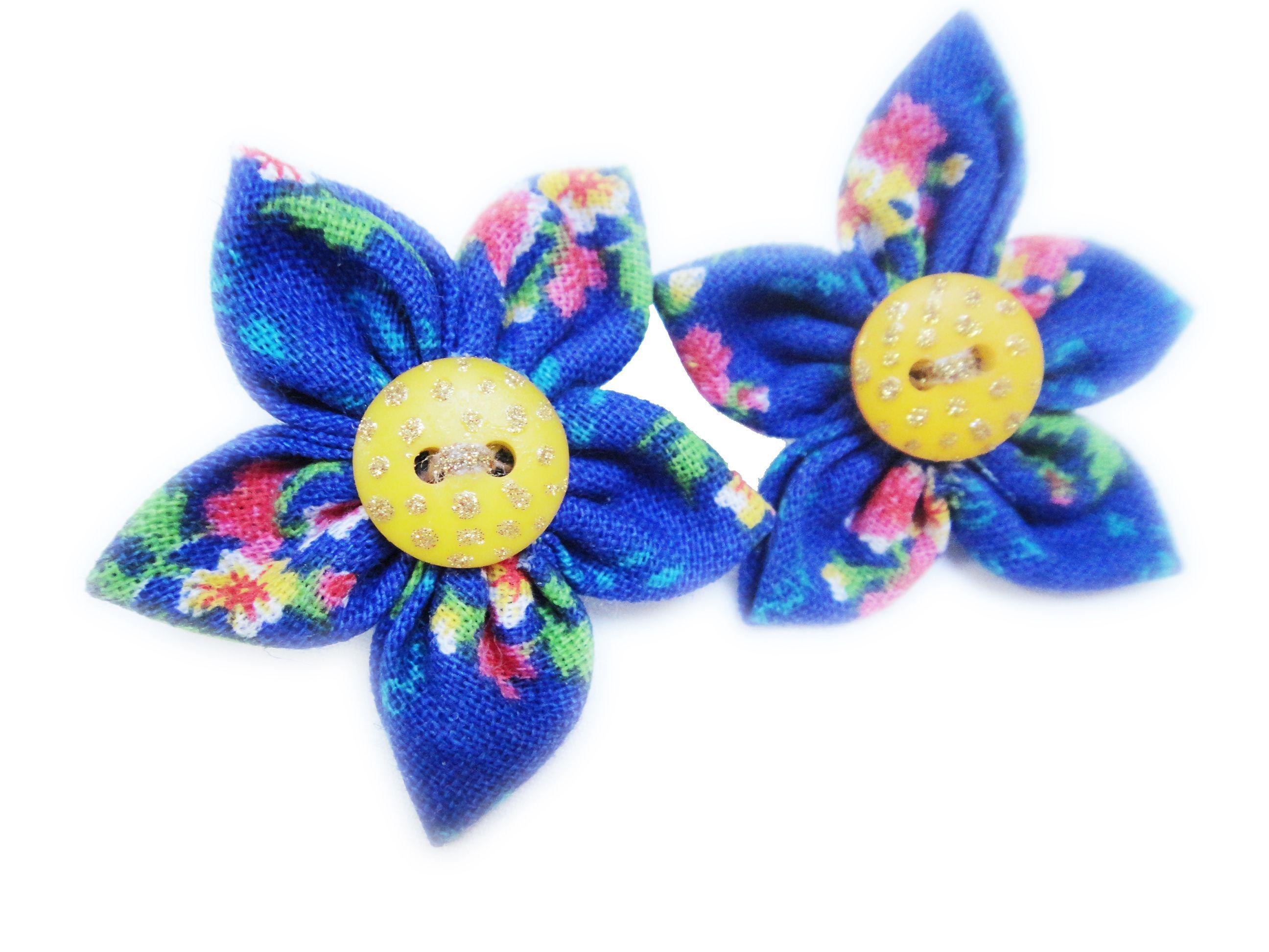 Cute earing flowers!