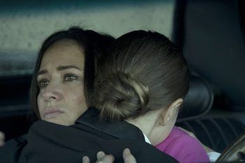 #PamelaAdlon wanted a gritty, realistic look for her #FX comedy #BetterThings, and she told us why she went in that direction.  #FXNetworks #BetterThingsFX #TV #TVNews #television #entertainment #entertainmentnews #celebrities #Celebrity #celebritynews #celebrityinterviews
