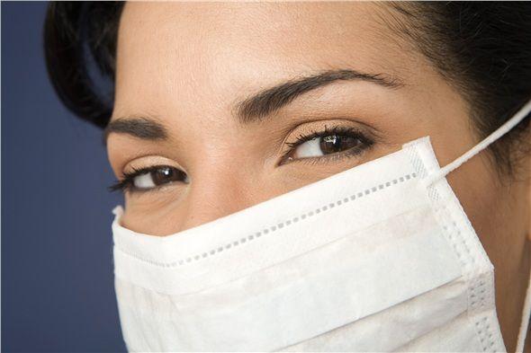 Hastalandığımızda dışarı çıkmak zorunda kalırsak tıbbi maske kullanalım