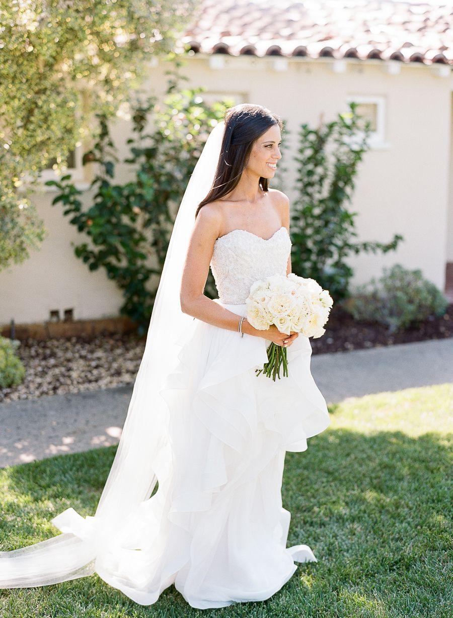 Heading outdoors for a stunning blacktie wedding al fresco black