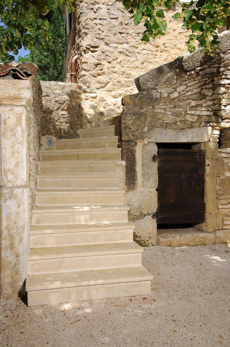 Solutions Pour Habiller Tous Les Styles D Escaliers Escalier Exterieur Renover Escalier Exterieur Escalier