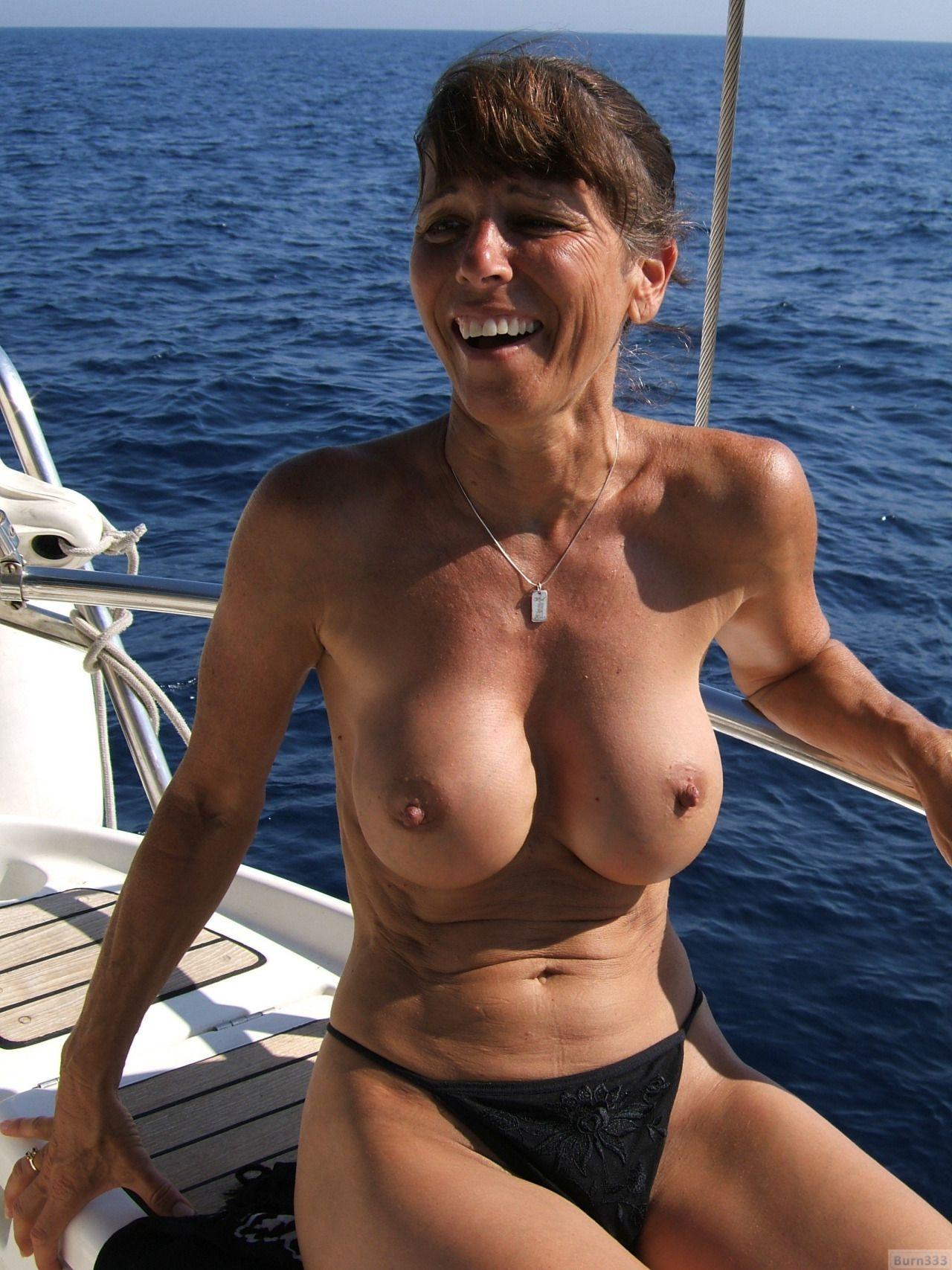 Mature Sex  Mature Nude Women On Boats-3959