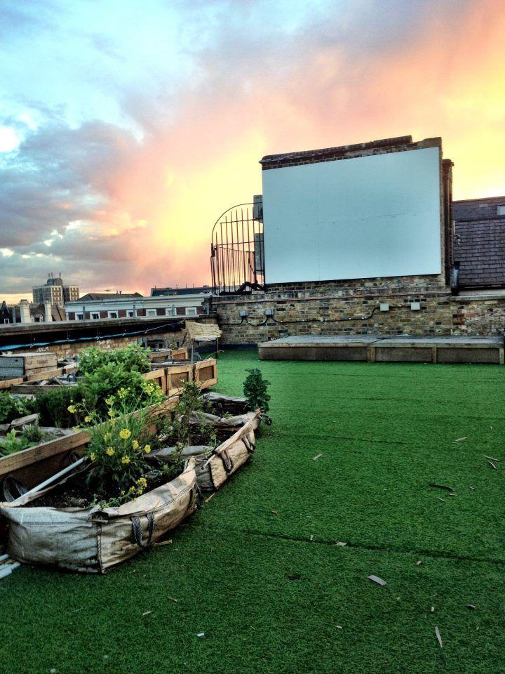 Dalston Roof Park Hackney London Bar Reviews Designmynight Rooftop Rooftop Garden Outdoor Cinema