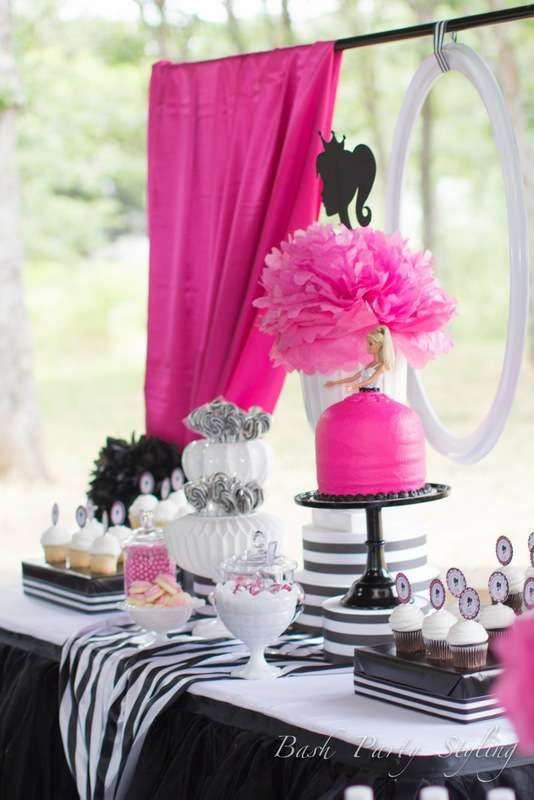 Vintage Barbie Birthday Party Ideas | Photo 8 of 33 | Catch My Party