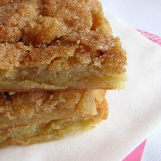 Snickerdoodle Blondies --- Way easier than making cookies