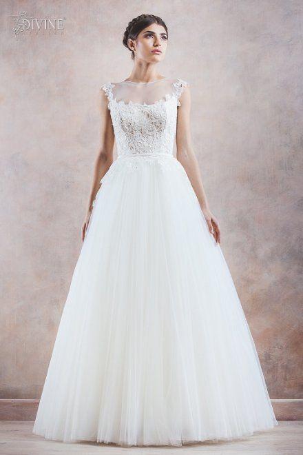 Divine wedding dress