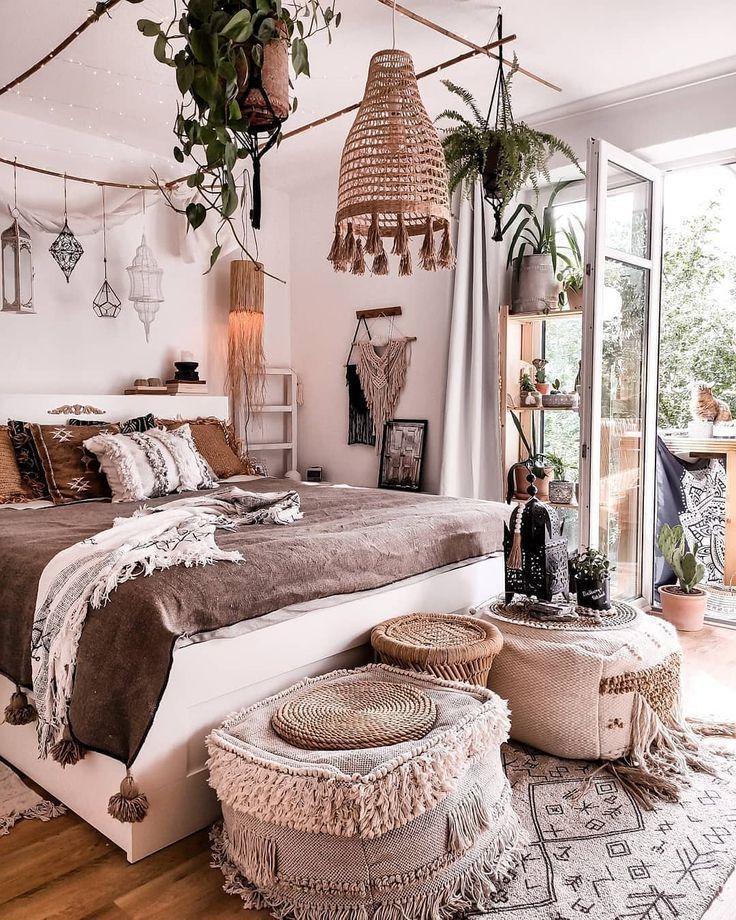 Modern Bohemian Bedroom Decor Ideas #bohemianbedrooms Modern Bohemian Bedroom De...#bedroom