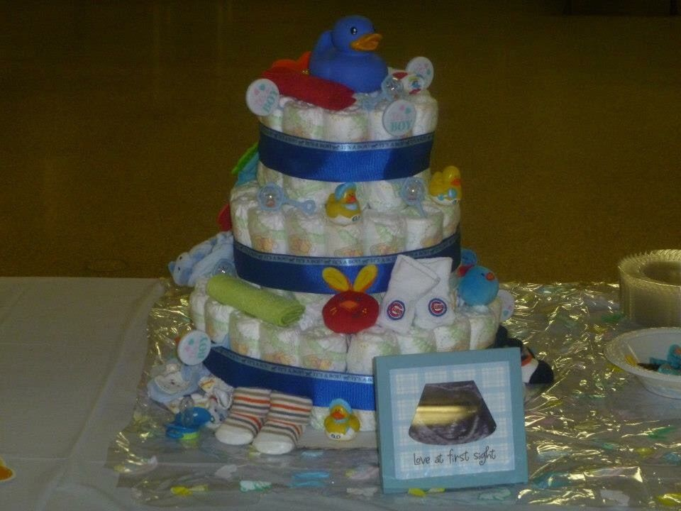 The second diaper cake I ever made. For a boy Chicago Cubs inspired! 😍