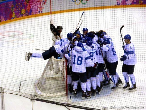 Finland Celebrates Bronze Medal Win Ice Hockey Hockey Winter Olympics