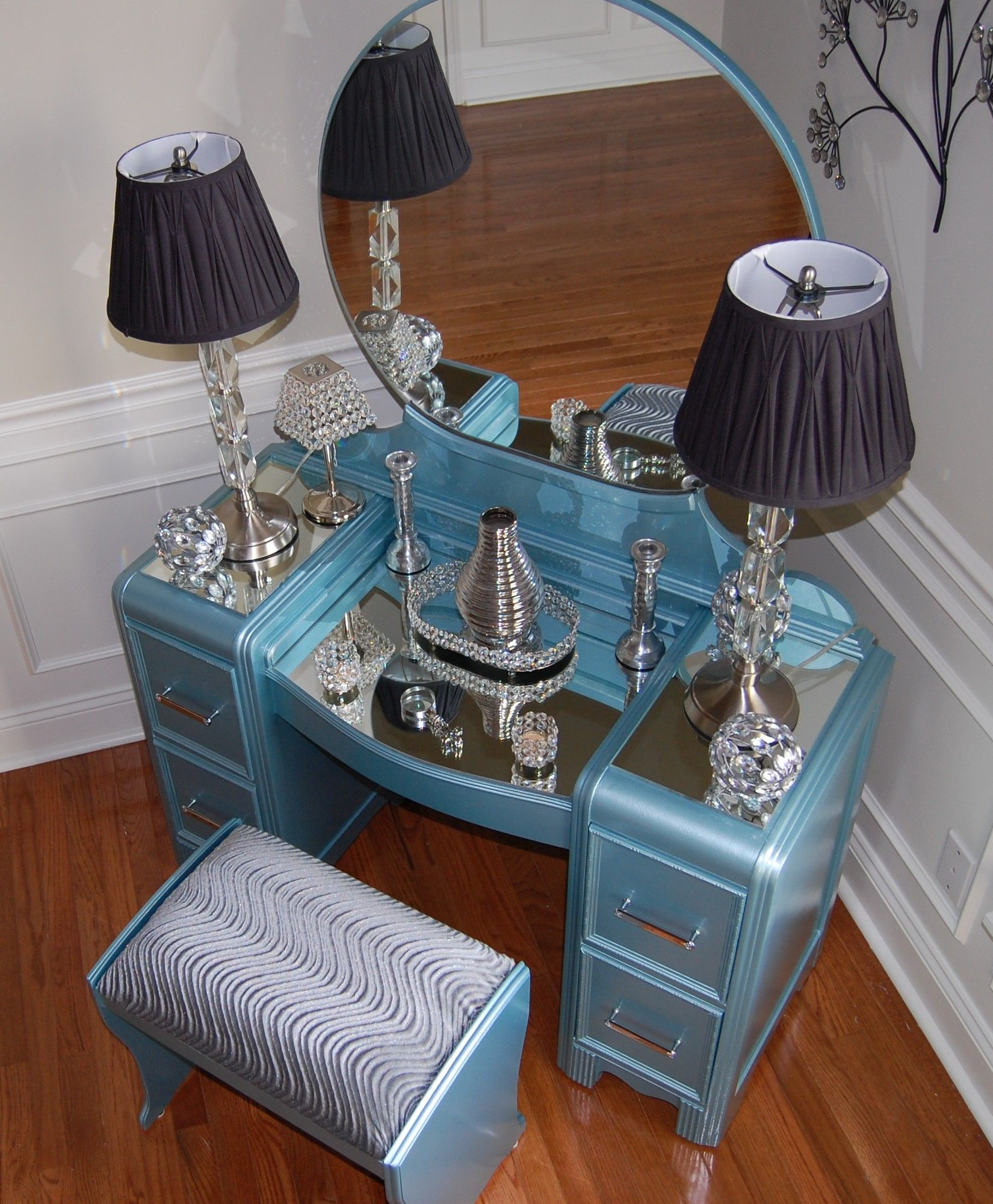 Weird Furniture For Sale: Vanity Waterfall Vintage Rebuilt And Restyled, 15 Minutes