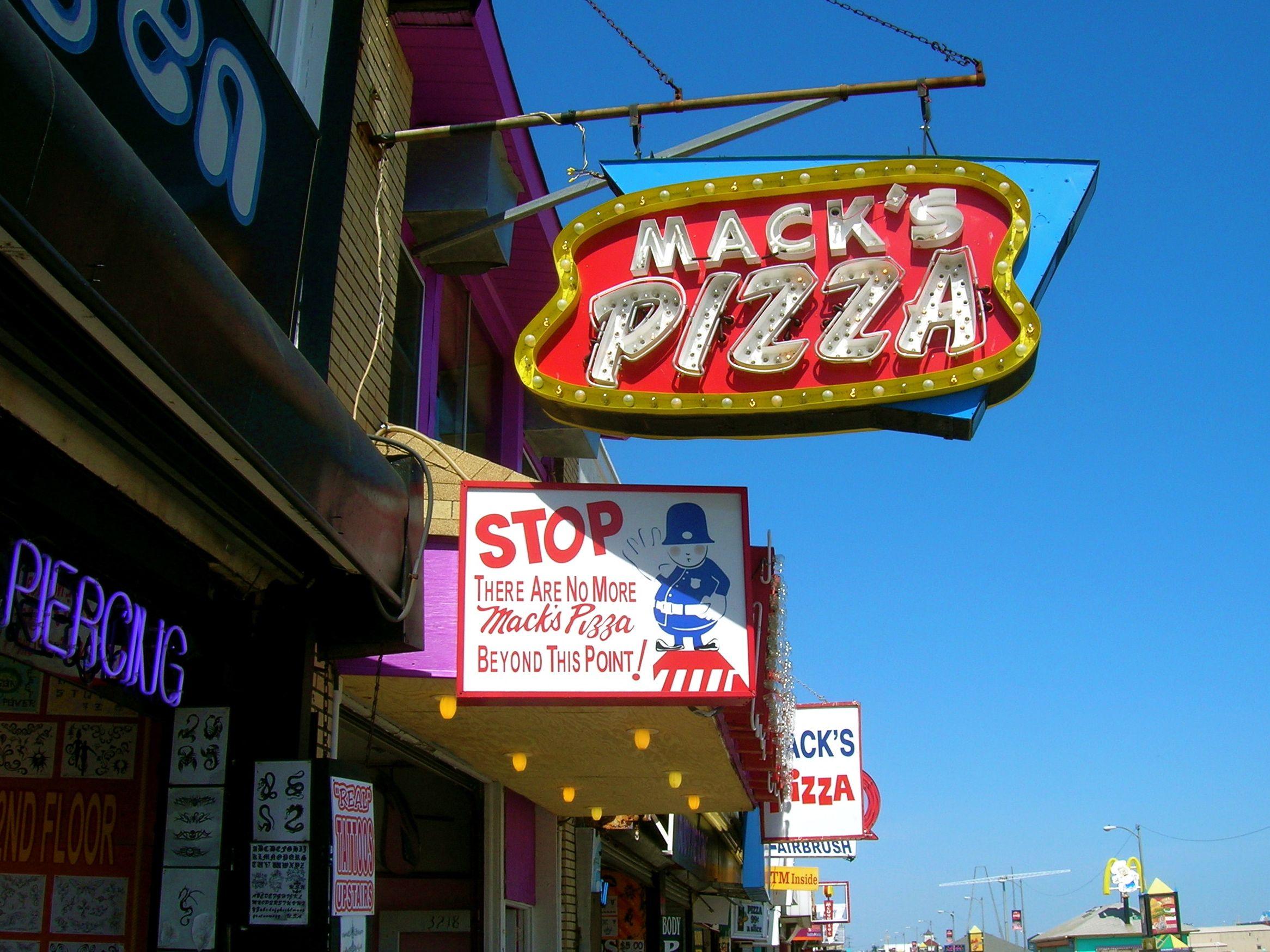 Mack S Pizza Wildwood Nj Hands Down The Best Pizza Ever Wildwood Boardwalk Wildwood Nj Wildwood