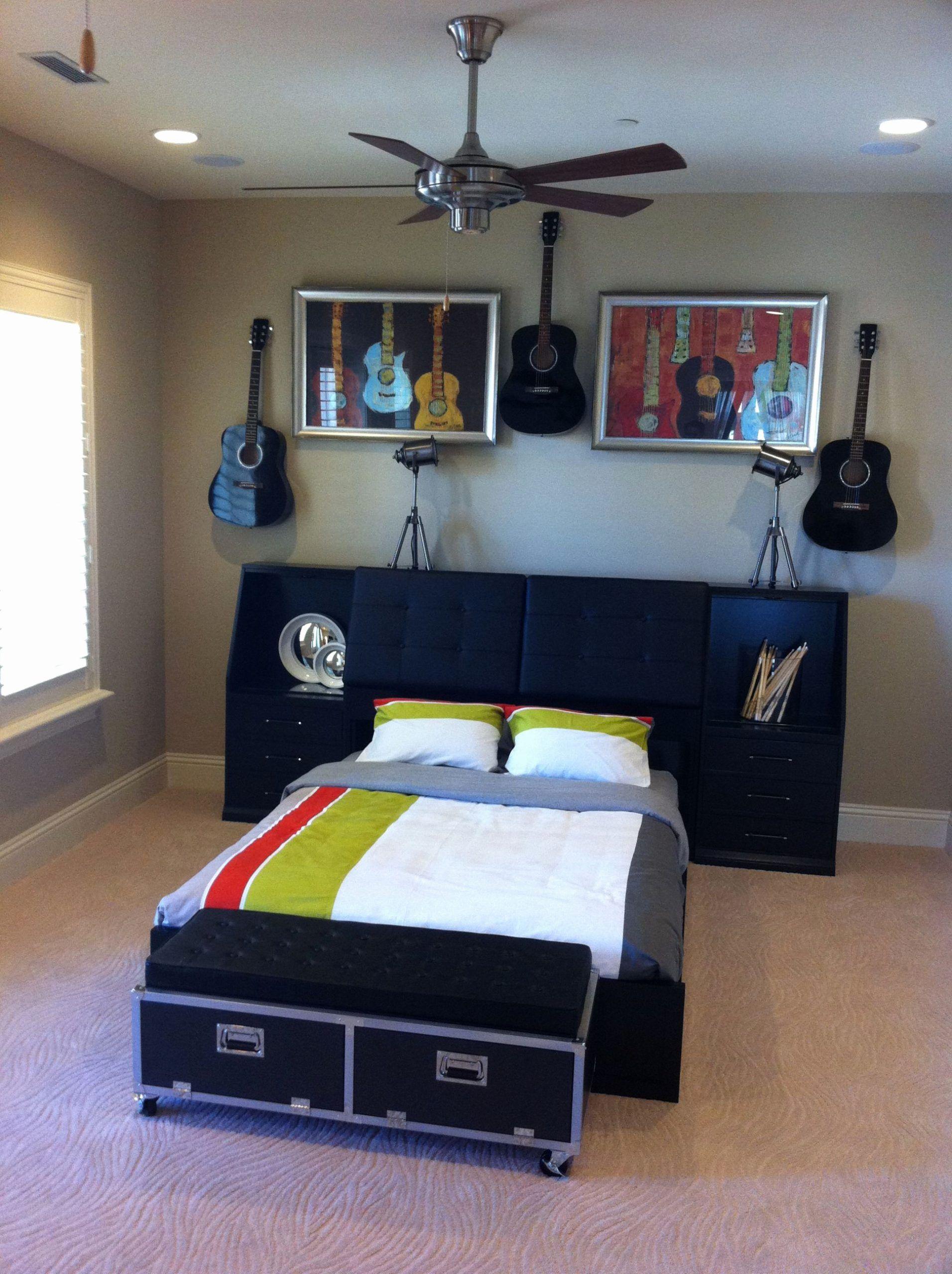 Rock N Roll Bedroom Beautiful Rock N Roll Room We Could Do ...