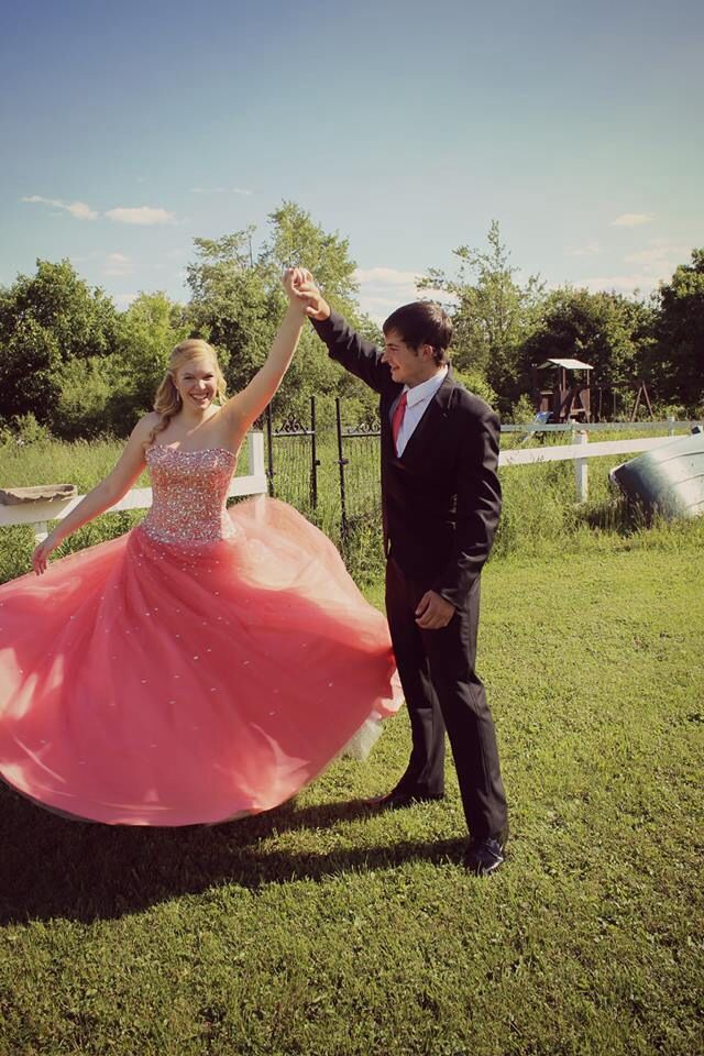Photo Ideas For Prom Graduation Cute Couple Pictures Prom