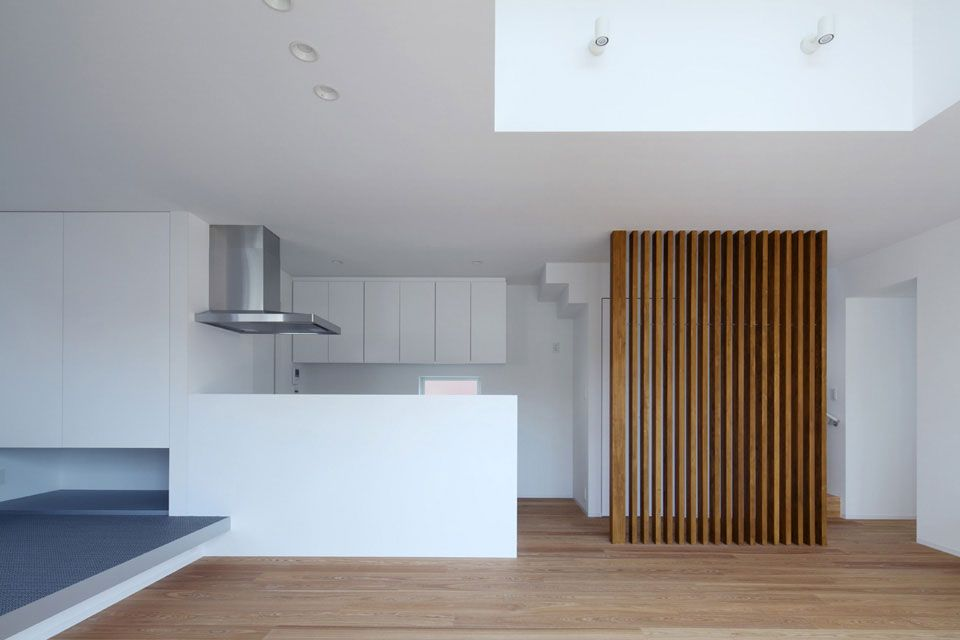 Modern rustic scandinavian design dining room and wood plank
