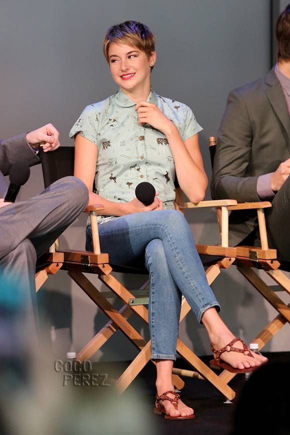 Shailene woodley apple meet the filmmakers fashionothes shailene woodley apple meet the filmmakers m4hsunfo