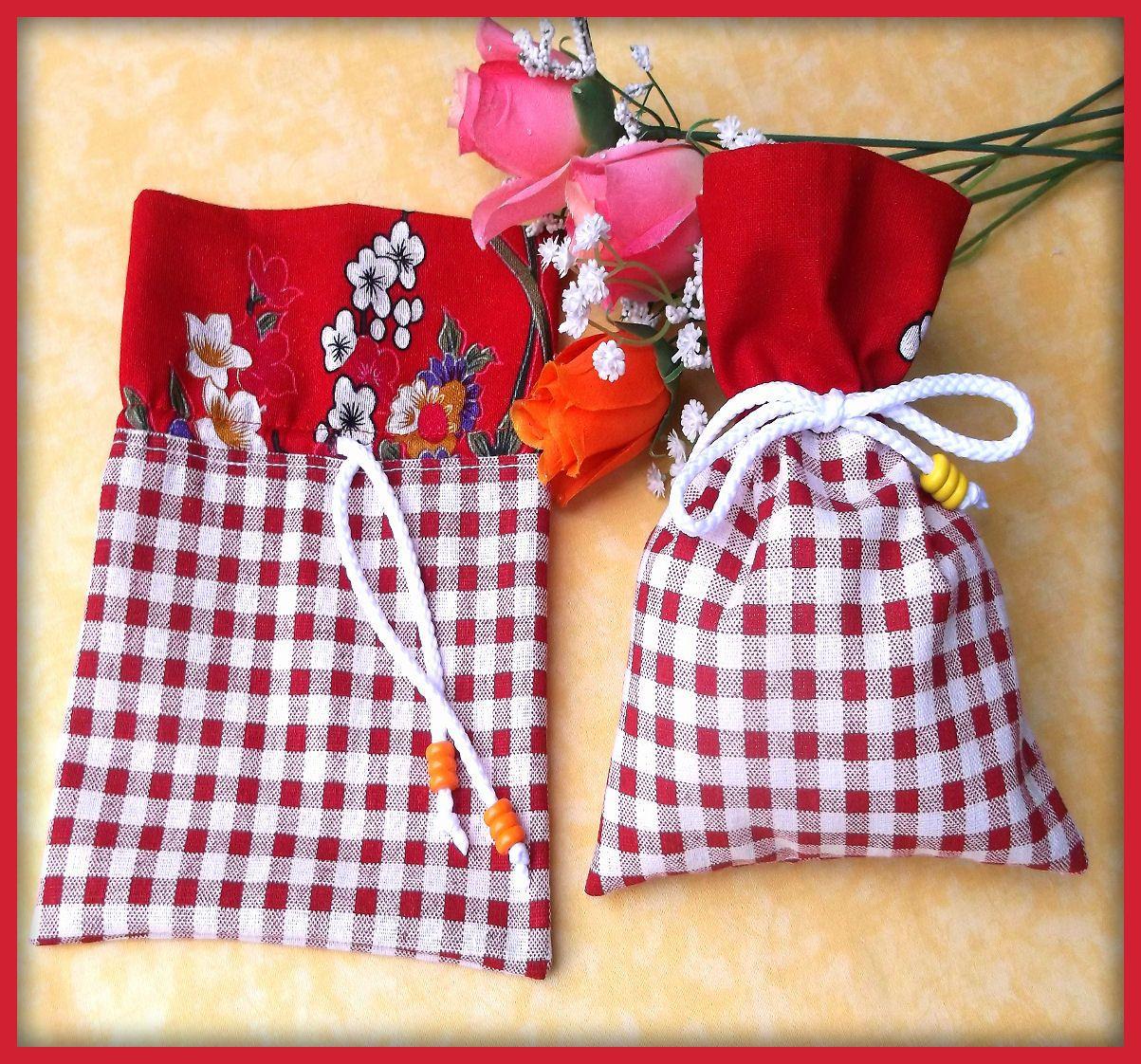 Pochons en tissu lin vichy rouge blanc : Autres sacs par orkan28