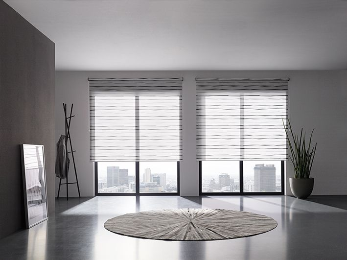 SHEER ROLLER SHADE Manual Pull Chain: Roller blind with
