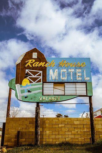 Ranch House Motel Tehachapi California Boulderinn