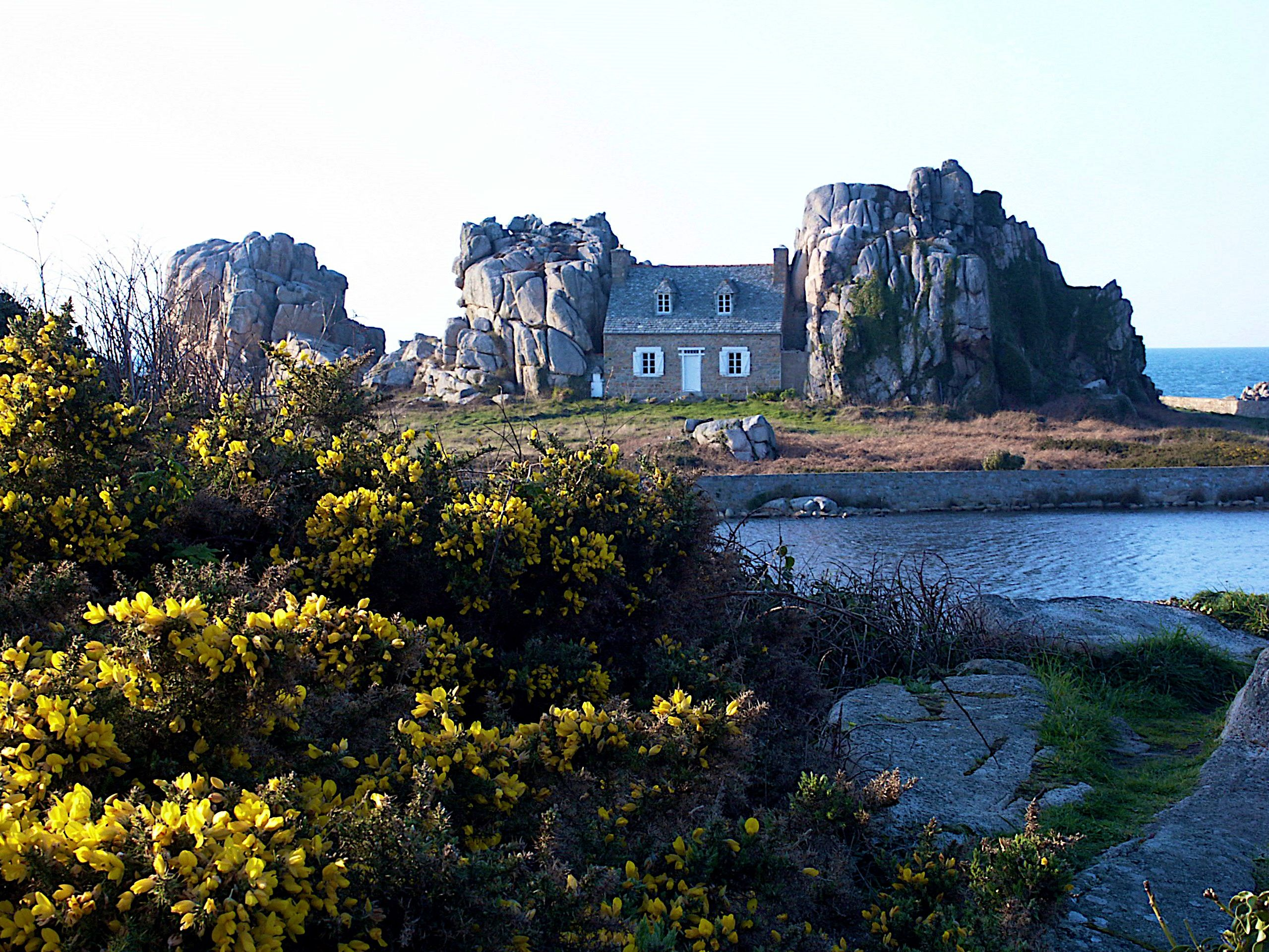 Castel Meur, Brittany, France quite magical imagens)