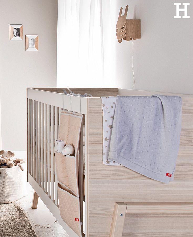 Perfekt Spot Ist Ein Kinderbett, Das Mitwächst. Für Babys Und Kleinkinder Sind Die  Bettseiten Mit