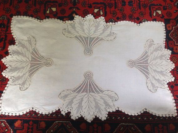 Delicate Bourgeoise Vintage French Rectangular Table Runner Or Dresser Scarf