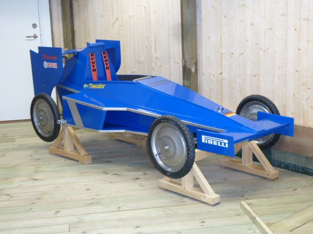 soapbox racer built in gothenburg soapboxes. Black Bedroom Furniture Sets. Home Design Ideas