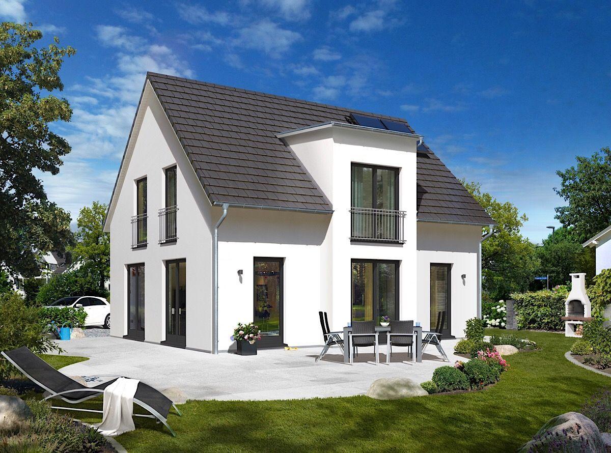 Modernes Massivhaus klassisch mit Satteldach Architektur