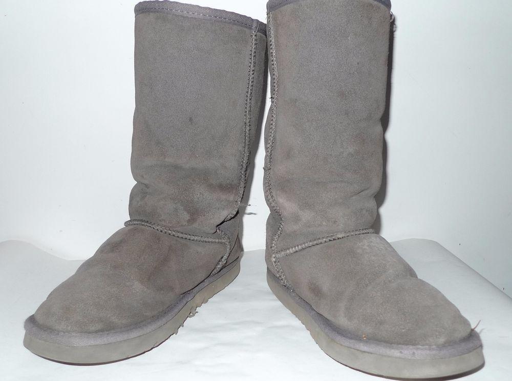 d7daf75c6a0 $2 UGGs Australia CLASSIC SHORT 5825 Sheepskin Boots Gray Size 7M ...