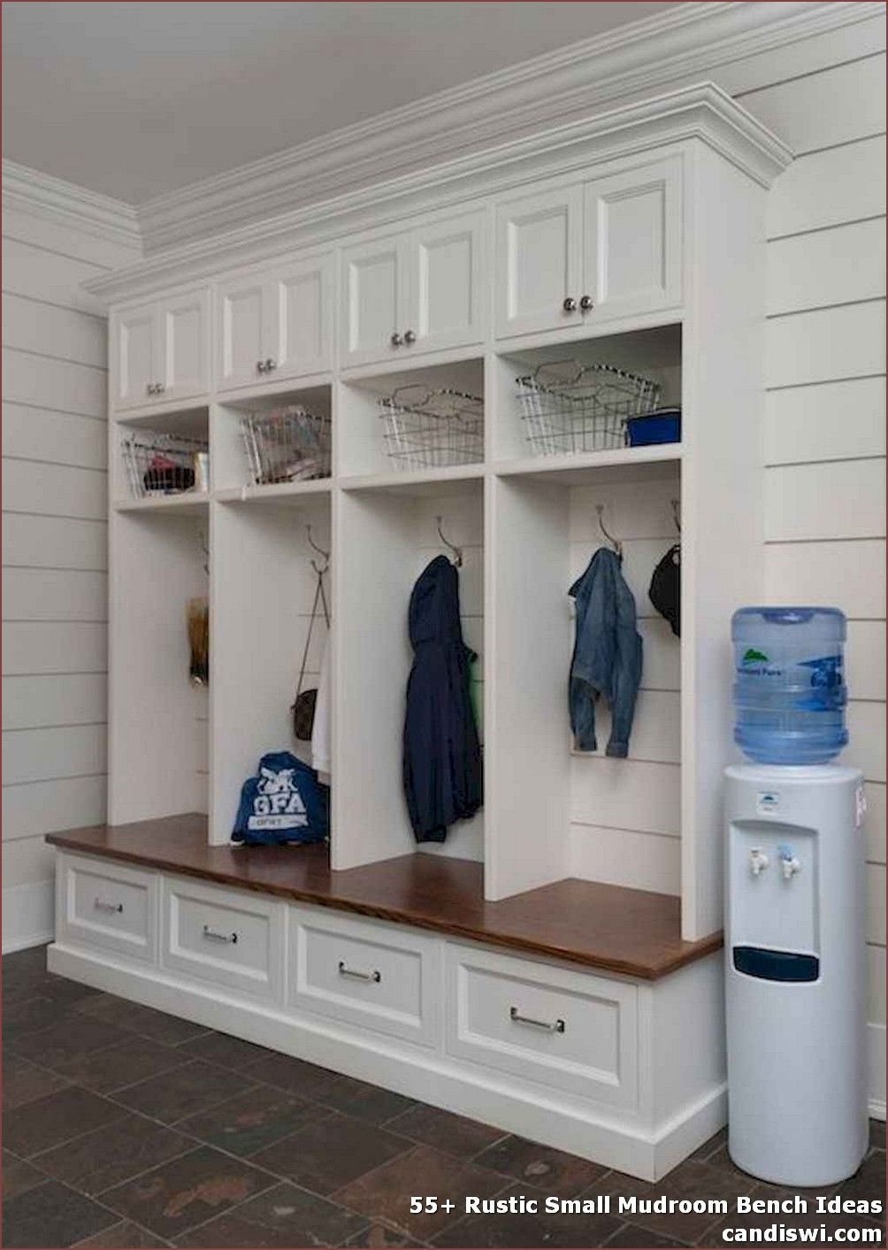 55 Rustic Small Mudroom Bench Ideas Even A Shallow House Just Like The One Pictured Right Here Can Operate As A Mudroom With In Mudroom Ideas In 2019