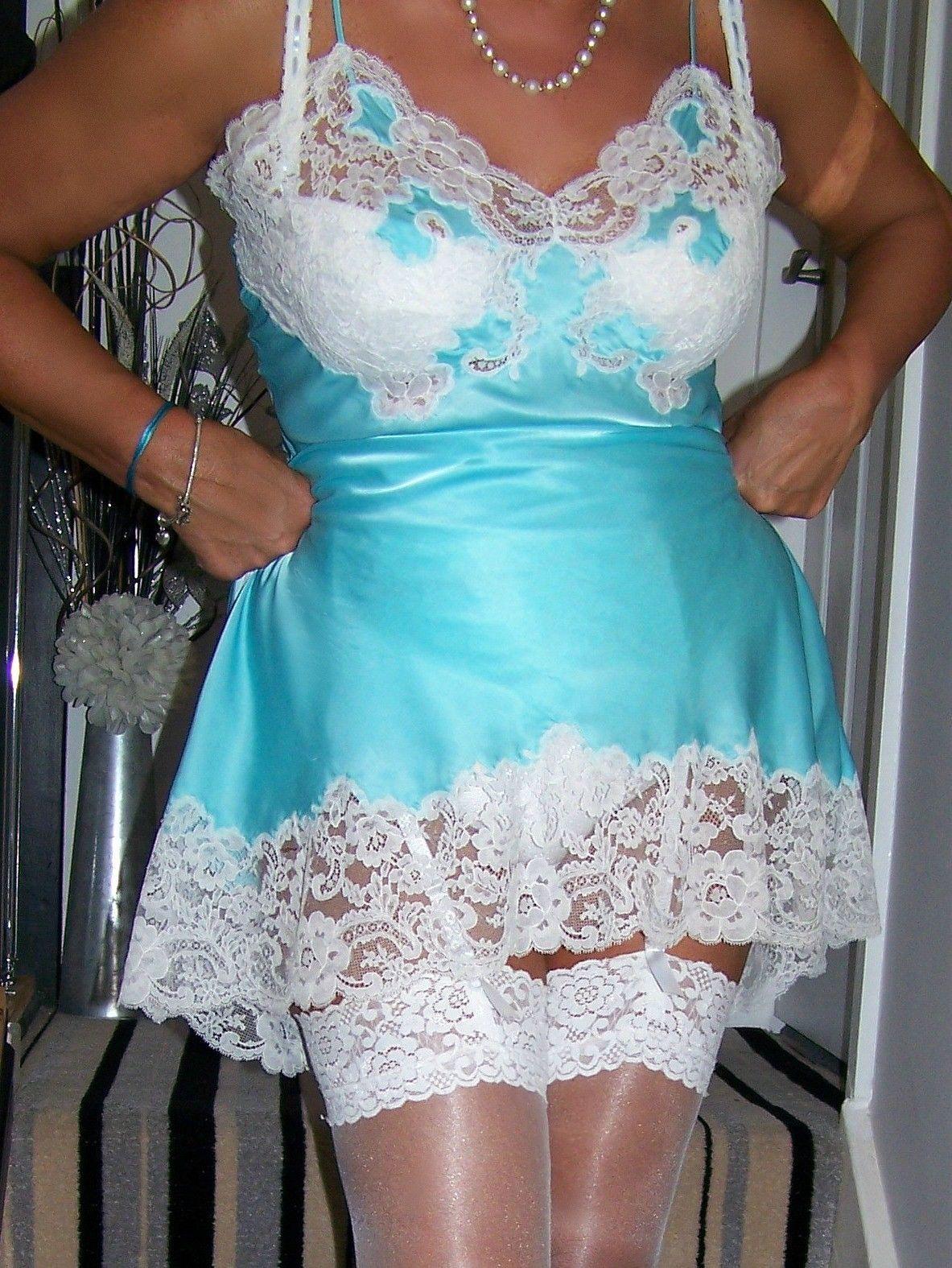 Vintage Lingerie 1960s Full Slip Dress Sexy Size Small