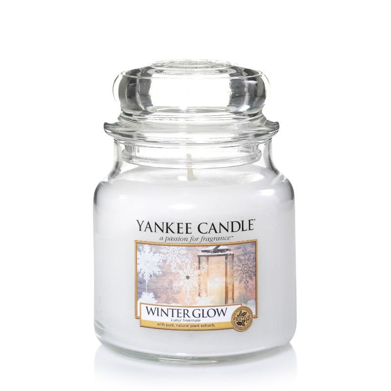 Winter Glow      Ein frischer-k�hler Duft von Schneebedeckten Tannen und einer warmen Amber Basis.   Die Housewarmer Kerzen bestechen durch ihren ausgesprochen...