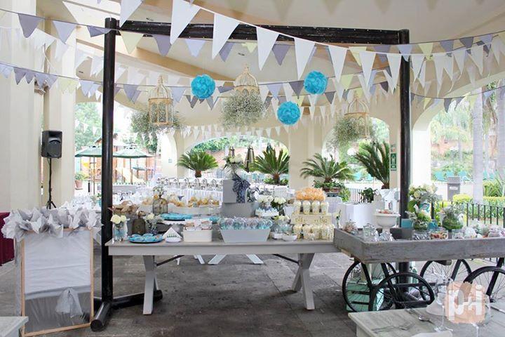 Primera comunión, detalles increíbles, decoración de eventos, mobiliario, centros de mesa, mesa de postres, caja de regalos, todo para tu evento!  www.facebook.com/pmasideco