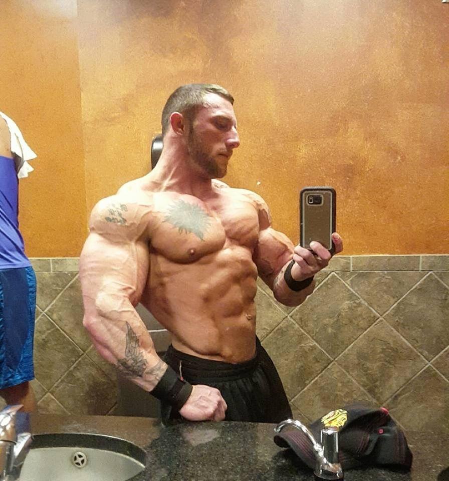 Pin by Marko Surakka on bodybuilders | Kevin james, Muscle