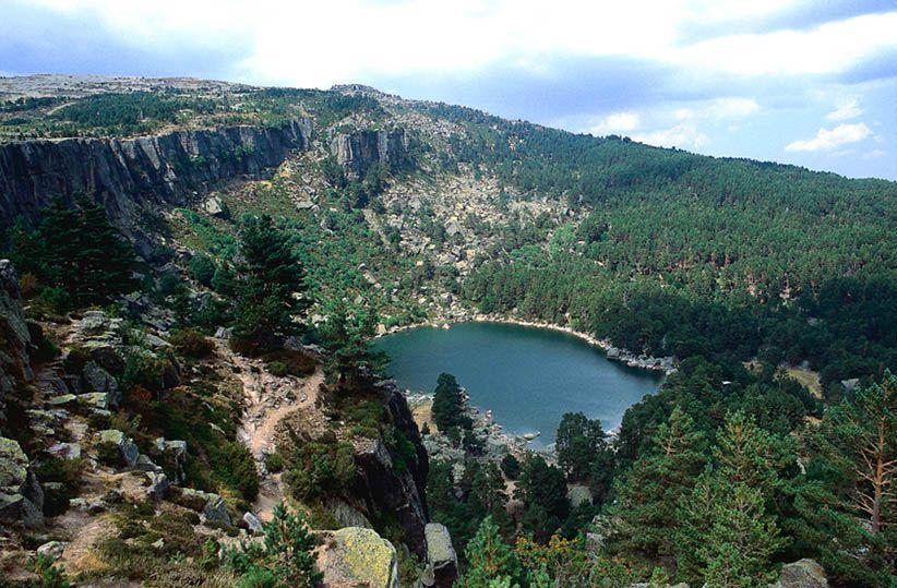 Parque Natural De Sierra De Urbión Y Laguna Negra Turismo En Soria Rutas De Senderismo Parques Naturales Turismo