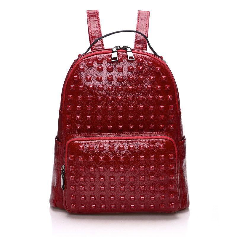 Mochilas de piel de viaje de moda para niñas en línea baratos bolsas de  bonitas mujeres con remaches  SD91036  - €53.07   bzbolsos.com 4a650cec8e58e