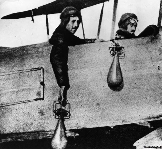 WWI: Pilots dropping bombs by hand | World War I ...