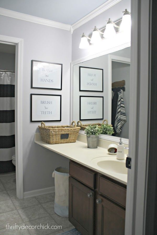 A Simple Bathroom Makeover Paint Is The Bomb Thrifty Decor Chick - Simple bathroom makeovers