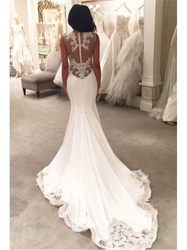 Button Back Mermaid Long Train Wedding Dress With Lace Applique
