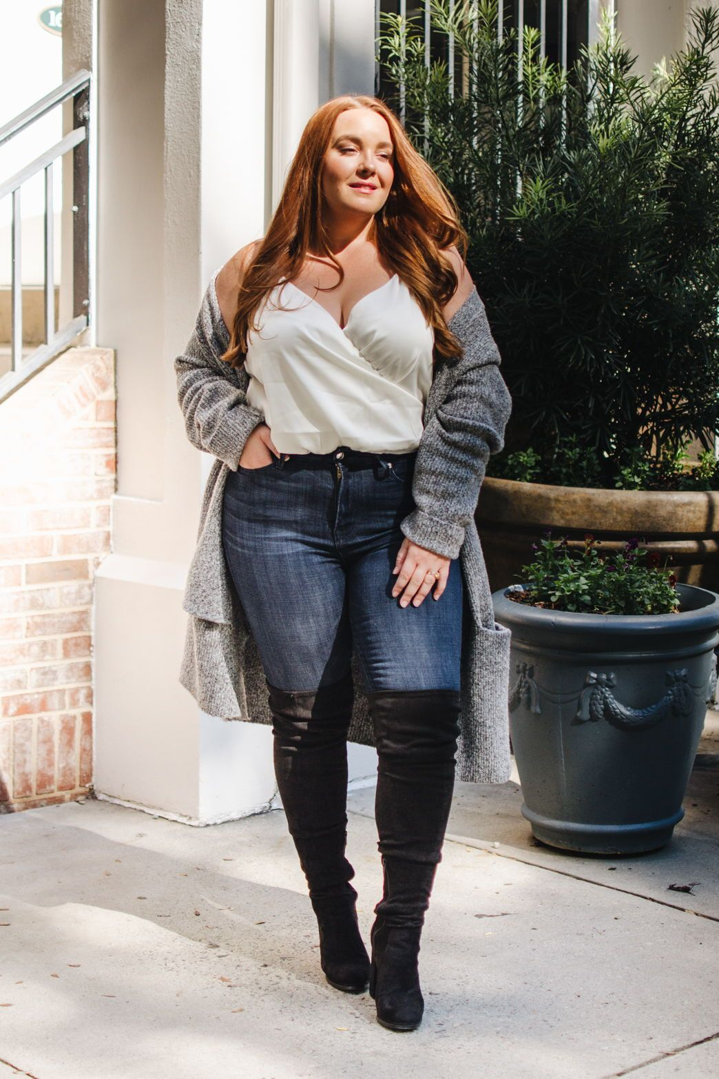 91fc4fdfd55f4 the best jeans you ll ever wear and a wide leg fit over the knee boot  perfect for women with curves  lolo russell    thestylelodown.com    curvy  fashion ...