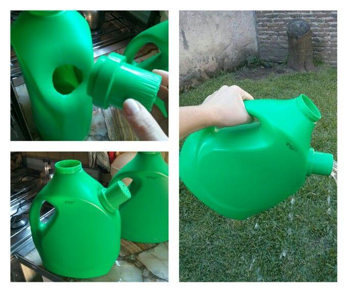 Regadera reciclada hecha a partir del envase de jab n for Manualidades de jardineria