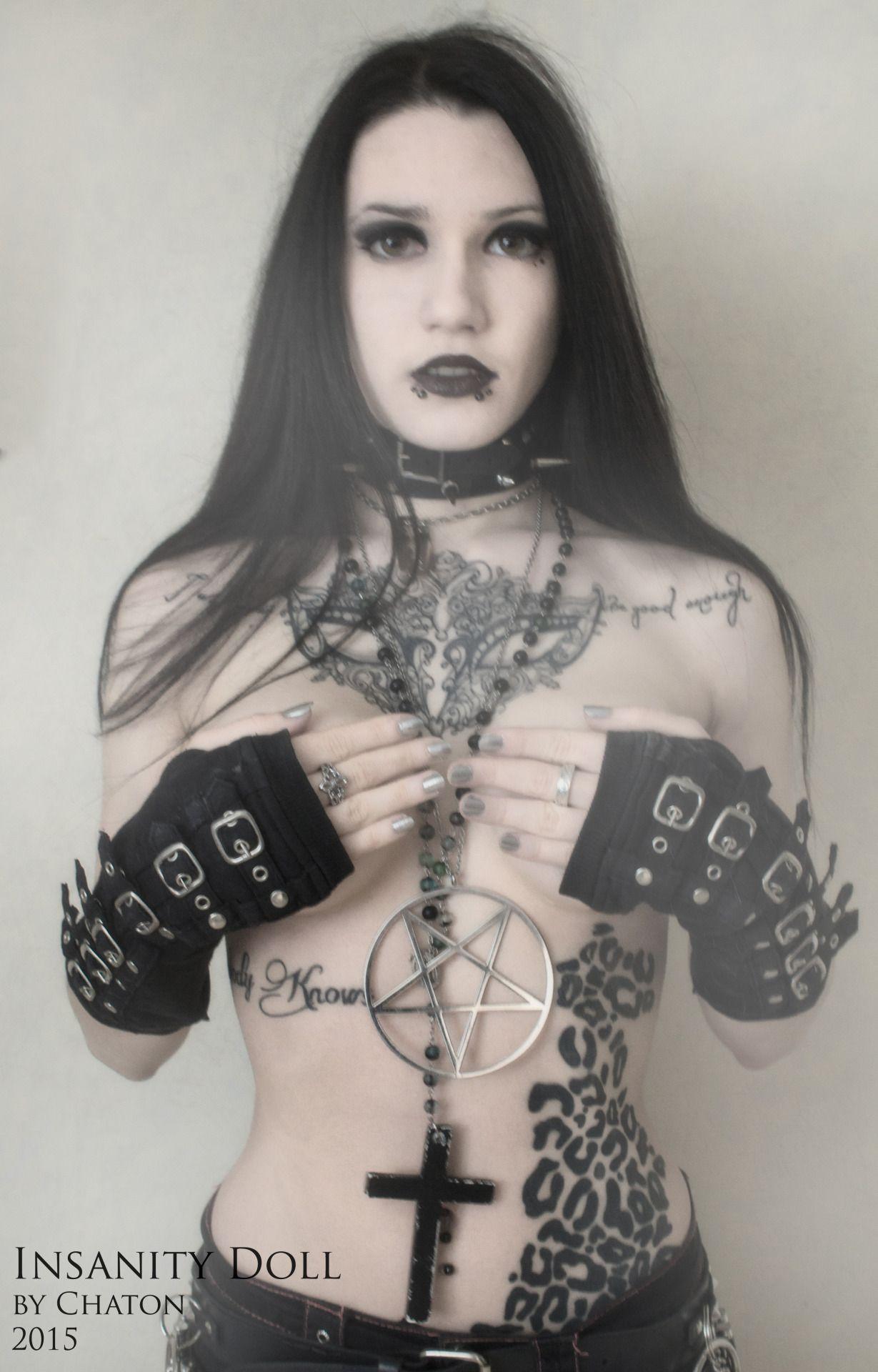 Insanity Doll  Xxxvi-Schone Gotische Damen  Pinterest -2318