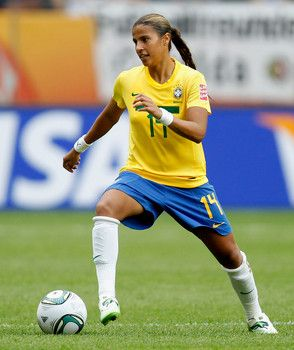Hottest Women Soccer Players From Brazil At 2015 World Cup Soccer Players Womens Soccer Good Soccer Players