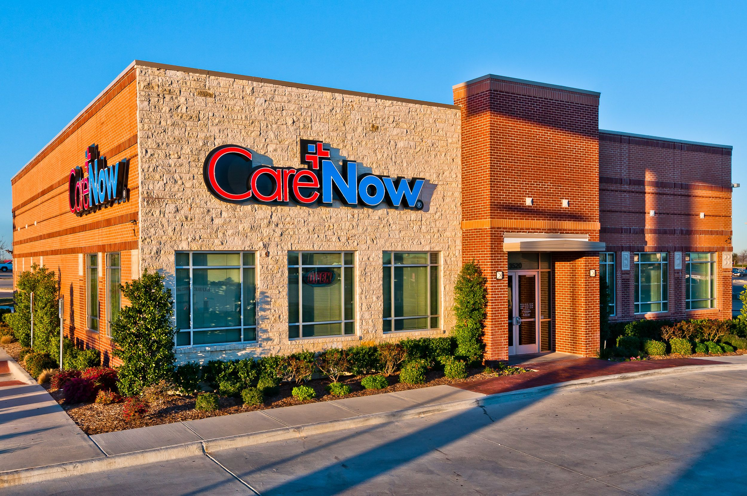 Carenow lake worth located at 3520 nw centre drive fort