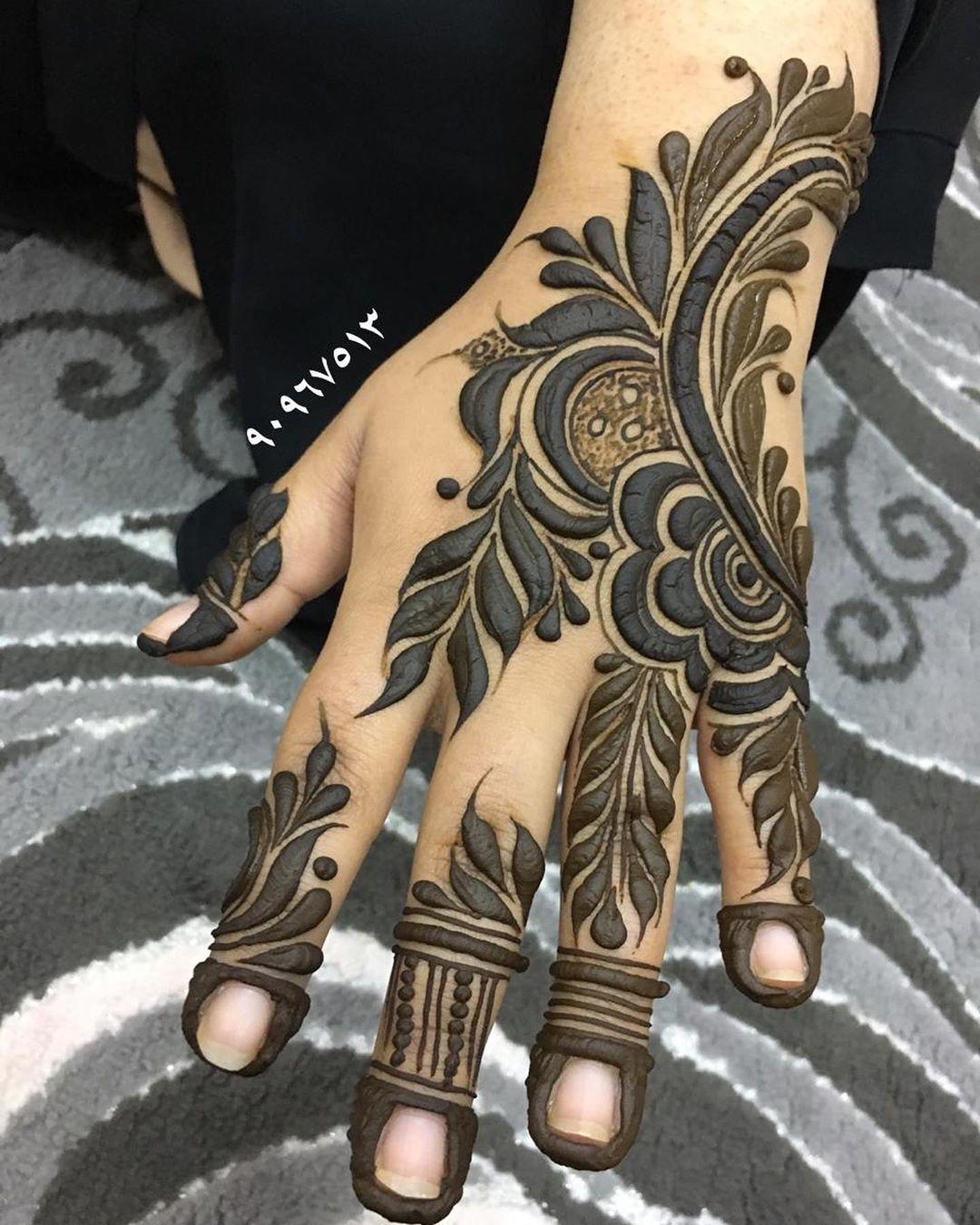 حناء شفاء الحوسني On Instagram حناء خليجي حنا حنه عروس حنايه نقوش حنا نقش ناعم نقش عرا Khafif Mehndi Design Wedding Henna Designs Floral Henna Designs