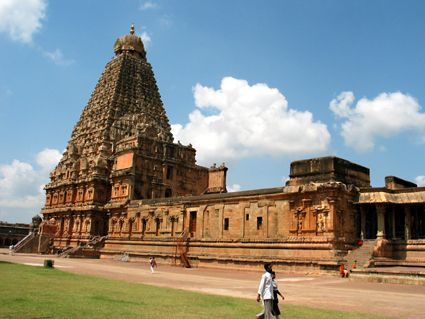 10 most famous historical monuments of india india pinterest