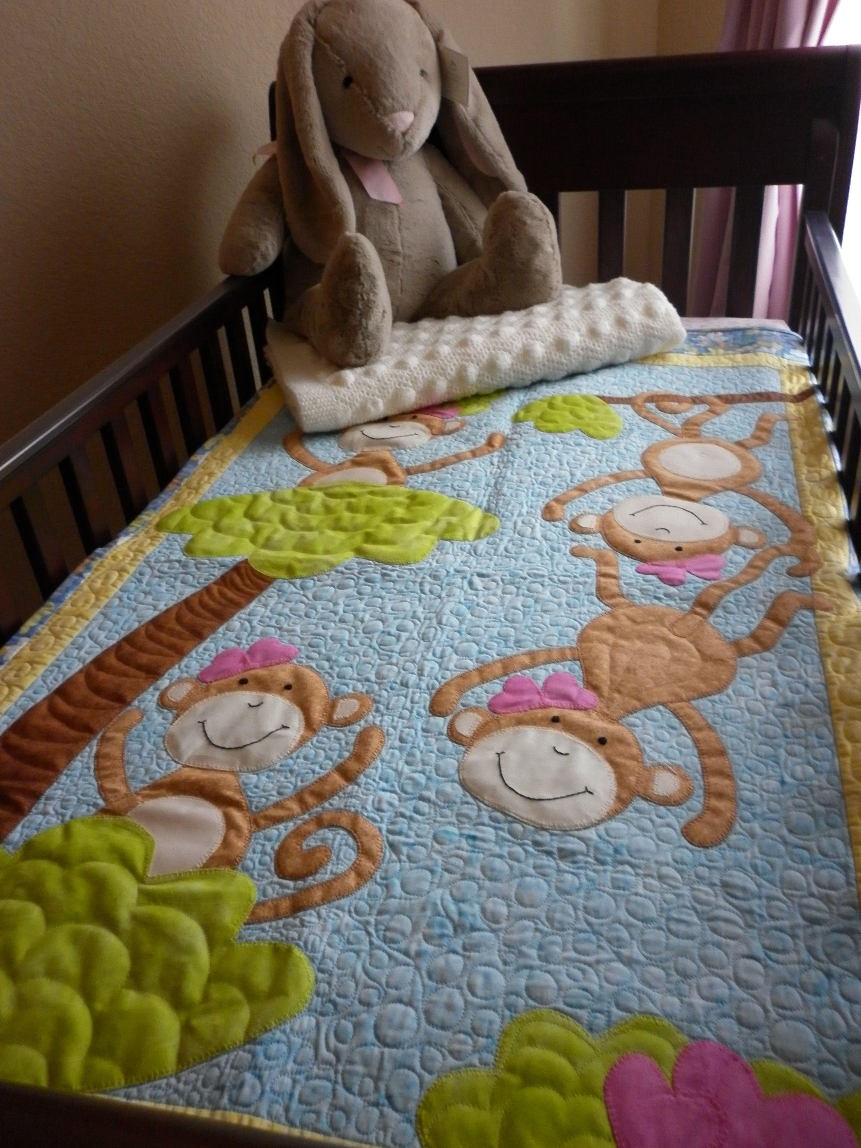 Monkey quilt