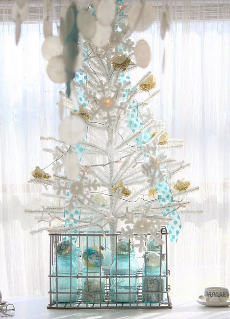 1000+ images about Aqua & White Christmas   Holiday Color ...