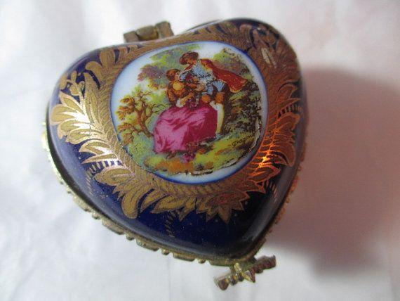Vintage Porcelain Trinket Ring Heart Box Couple Court
